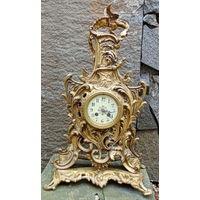 Красивые, бронзовые, каминные часы 19 века !!! Ручная сборка рорпуса на кованных гайках.