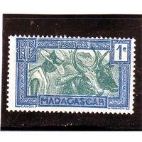 Мадагаскар.Ми-180. Зебу. Серия: регулярные марки.1933.