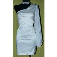 Платье нарядное 44 р