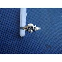 Кольцо с черепом на WW2. Копия.