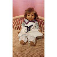 Характерная кукла Pakos 32см.