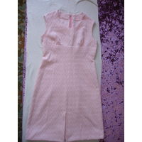Платье 70-е гг р-р 46 кримплен ткань куплена в ГДР сшито на заказ у портнихи очень красивое ткань с золотистой нитью