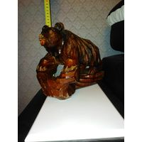 Медведь деревянный, резной времен СССР без повреждений.