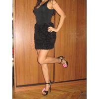 Zara Зара шикарное платье сарафан. М 42-44-46 Обалденно красивое! Юбка сделана пышной из фатиновых аппликаций. Выгодно подчёркивает фигуру. Состояние как новое. Тянется. Есть такое же бежевое. Всего з