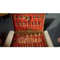 Набор столовых приборов, покрытых серебром в коробке, Италия, снижена цена