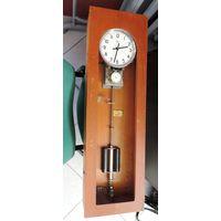 Часы электро первичные часы типа ЭПЧМ 1967г.