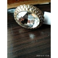 Большой женский перстень.