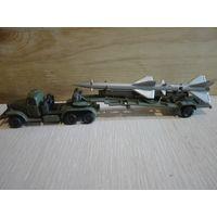Зил-157 с ракетой. ГДР Plasticart.Металл.1/87