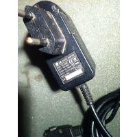 Зарядное устройство LG TA-25GR2