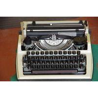 Печатная машинка  ПП-215- 01 (Изготовлена по лицензии Роботрон  ГДР )
