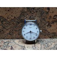 Часы Луч,тонкие,состояние.Старт с рубля.