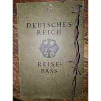 Германский заграничный паспорт фольксдойче периода Веймарской республики, которая  в 1929 осталась в Америке