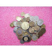 Разные монеты.73 штуки