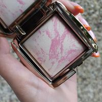 Румяна Hourglass Ambient Lighting Blush Ethereal Glow