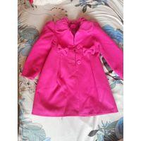 Пальто для девочки 5-7 лет