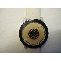 Часы Rosivga 165 кварцевые.