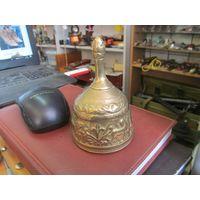 Вызывной колокольчик, бронза, 10*6,5 см.