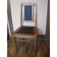 Старый Сталинский стул.
