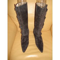 РАСПРОДАЖА!!! СКИДКА 50 %!!! Оригинальные новые кожаные женские сапоги  FRIIS COMPANY, производство - Италия