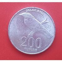 62-02 Индонезия, 200 рупий 2003 г.