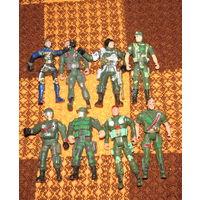 8 солдатов