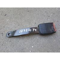 104570C Volkswagen T4 2.4D замок ремня сидение двойное 701857742