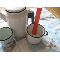 Чайник и кружки