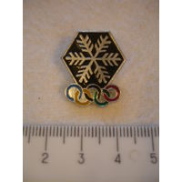 Значок олимпийский