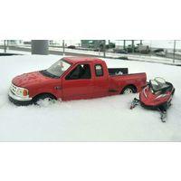 Модели 1/24. Форд F150 + снегоход