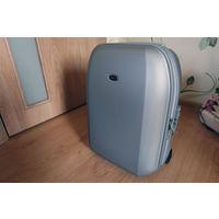 Дорожный чемодан итальянской фирмы Bric's для ручной клади