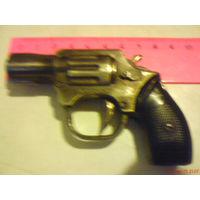 Зажигалка-Револьвер