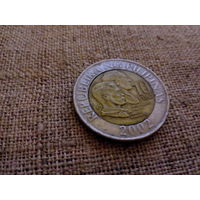 Филиппины 10 песо писо 2002