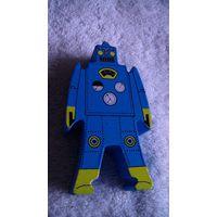 Робот деревянный. игрушка. распродажа