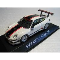 Porsche 911 GT3 Sup S 1:43 Minichamps