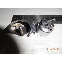 Челнок и шпульный колпачок СБ-213М для швейной машины