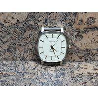 Часы Полет,позолота,редкие,,почти не ношенные.Старт с рубля.