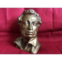 Статуэтка (скульптура) бюст Пушкин бронза