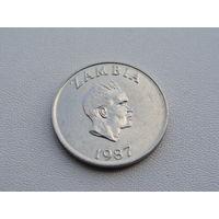 """Замбия. 10 нгве 1987 год КМ#12  """"Хорнбилл птица - носорог"""""""