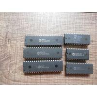 UMC UM8259A-2 программируемый контроллер прерываний