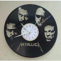 Часы из виниловой пластинки Metallica 30см