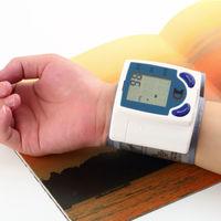 Напульсник. электронный прибор для измерения артериального давления. распродажа