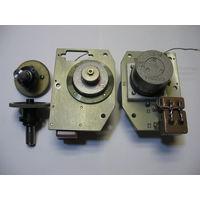 Эл/двигатель УАД-32 с приемо-передающей шестерней  2,46:1