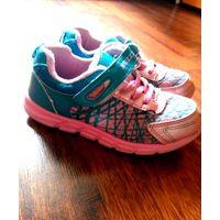 Легкие кроссовки 32 р