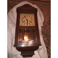 Часы настенные немецкие маятниковые