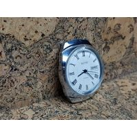 Часы Восток,автоподзавод,двойной календарь,очень редкие.Старт с рубля.