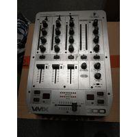 Behringer VMX 300