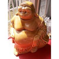 Статуэтка ёмкость для чая. Керамика. Высота 15 см. Монах, Будда, Кришна.