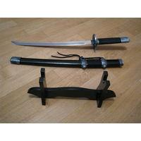 Декоративная сувенирная катана (меч, сабля) уменьшенного размера.