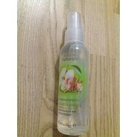 Лосьон-спрей для тела  с ароматом свежего яблока и жимолости 100 мл