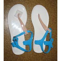 Босоножки голубые р.38, пляжные, легко моющиеся Покупала на отдыхе, ни разу не надела.